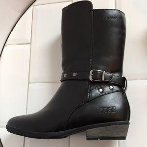 Cougar. Black. Zip. Girls 4. Waterproof. Lined.New
